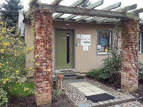 Willkommen im Quartier Potsdam Hostel - Eingang