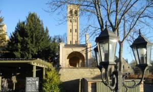Bornstedter Friedhof - Quartier Hostel