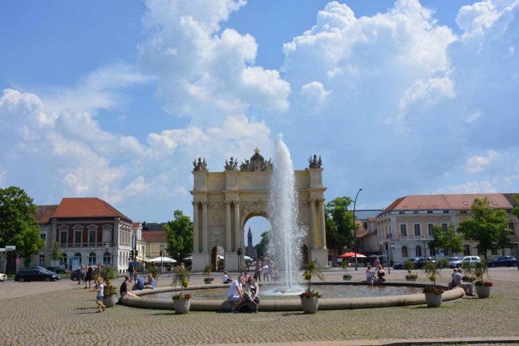 Luisenplatz Potsdam mit Brandenburger Tor